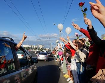 Кающийся министр, Лукашенко в пересказе и редкие задержания: как прошел пятый день протестов в Белоруссии