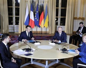Путин и Зеленский рассказали о разногласиях после первой личной встречи