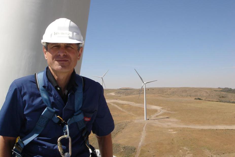 К настоящему моменту Invenergy и ее дочерние предприятия осуществили 160 проектов на 25 000 мегаватт от энергии ветра, солнца и природного газа, ― этого хватит на электроснабжение 5 млн домов.