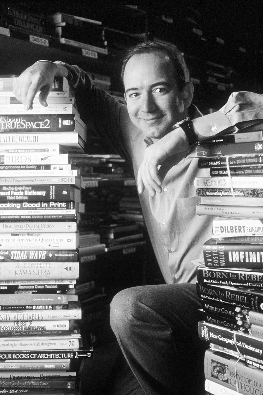 Джефф Безос, основатель и генеральный директор Amazon.Com, 1 января 1997 год