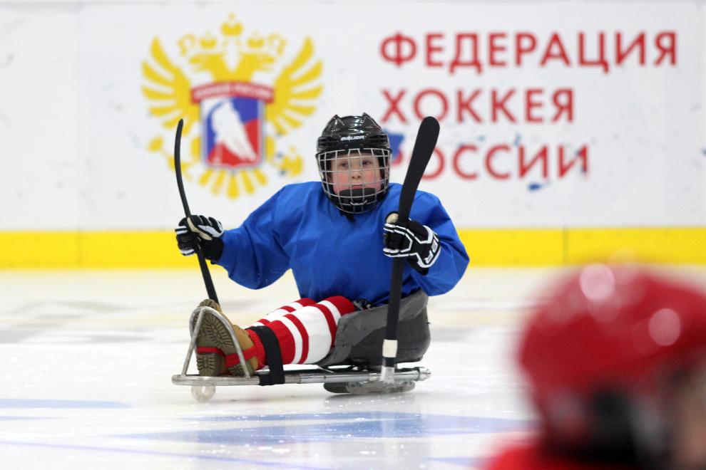 Программа «Добрый лед» направлена на то, чтобы сделать хоккей доступным в том числе для детей с ограниченными возможностями здоровья
