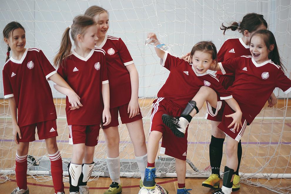 GirlPower FC — первая и крупнейшая в России женская футбольная школа