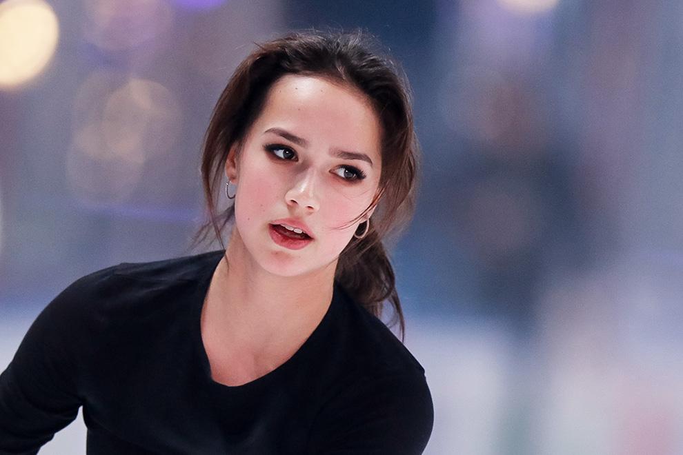 Алина Ильназовна Загитова-3 | Олимпийская чемпионка - Страница 9 1-gettyimages-1189637772_0.jpg__1592741564__89795