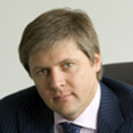 Игорь Медведев
