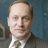 Сергей Карелов