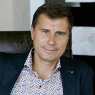 Максим Синельников