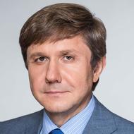 Владимир Узун