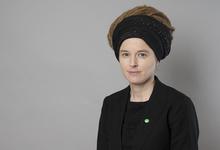 Дреды и церковь: 10 фактов о новом министре культуры Швеции