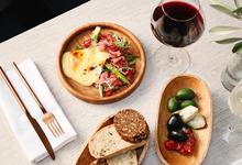 Стоит съесть: раклет в Borough, оленину в «Турандот», финский суп в «Хлеб и вино»