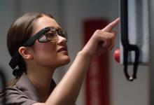 Google выпускает новые очки Glass для бизнеса