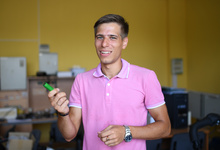 Tesla для самых маленьких: как 26-летний ученый из Сибири придумал «умную» коляску