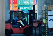 Эксперты Bloomberg оценили потери мировой экономики от торговой войны США и Китая