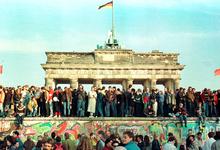 Конец конца истории: через 30 лет после падения Берлинской стены мир развернулся в обратном направлении