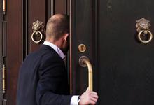Разделяй и властвуй: как банки с базовой лицензией будут работать с клиентами