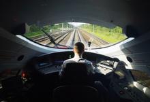 Путин не поддержал одобренный Медведевым проект высокоскоростной магистрали