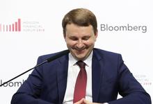 Максим Орешкин описал слабое положение рубля анекдотом про Брежнева