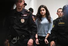 Жизнь других. Почему общество не(достаточно) борется за сестер Хачатурян