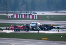 РБК узнал об обнаружении черных ящиков сгоревшего в «Шереметьево» SSJ 100