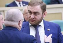 Сенатора от Карачаево-Черкесии задержали в зале заседаний Совета Федерации