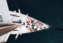 Заложник кабинета: как море меняет стиль управления
