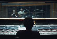 Новая мелодия. Как блокчейн меняет музыкальную индустрию и кинобизнес