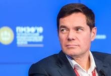 «Сберу мало не покажется». О чем говорили Тиньков, Волож и Мордашов на Петербургском форуме