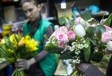 Россия ужесточит правила ввоза фруктов, овощей и цветов в ручной клади