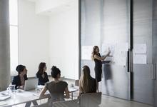 Время женщин. Как компании заботятся о сотрудницах и что им это дает