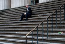 Дна не видно. Как реагировать инвестору на обвал российского фондового рынка
