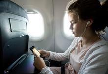 Не взлетел. Почему российские авиакомпании не включают Wi-Fi на борту