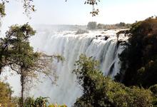Одна вокруг света. Коррупция на таможне и дорогах Замбии
