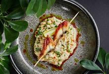 Стоит съесть: мимозу с крабом в Buro TSUM, рамен с уткой в Jis, десерт с хурмой в Bambule