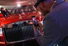 Неделя потребления: новый Rolls-Royce и кофе с Галапагосских островов
