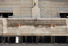 Стройка будущего. Новые виды бетона умеют пить воду и пропускают свет