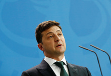 Зеленский потребовал люстрации Порошенко и членов его команды