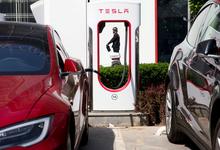 Поймаем, уволим, засудим: Tesla предупредила сотрудников о последствиях сливов информации
