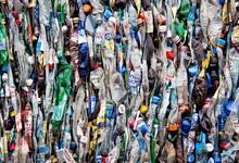 Спасти Мировой океан. «Сибур» рассматривает инвестиции в переработку мусора