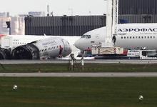 Открытое окно сочли ошибкой экипажа SSJ-100. Через него пилот выбрался из самолета