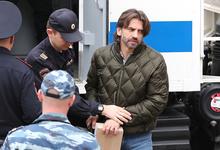 «Вы меня хоть режьте, не понимаю предъявленных обвинений»: Михаилу Абызову продлили арест
