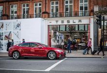 Tesla в России: «Связной» запустил услугу аренды электромобилей