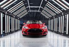Дорогие мечты Илона Маска. Tesla ищет способы привлечь $2 млрд