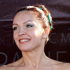 Лариса Белоброва