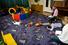 Сфотографировать детей в интернате, чтобы помочь им найти новых родителей