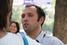 Сурен Газарян — эколог и политический активист, вместе с коллегой Евгением Витишко осужденный на три года лишения свободы условно  за порчу забора так называемой «дачи Ткачева» — участка в Голубой бухте, арендованного ЗАО «Агрокомплекс», которое контроли