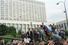 Ельцин выступил с речью у Белого дома