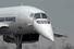 Для улучшения обзора из кабины, нос самолета опускался на взлете и посадке