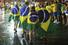 После игры особо раздосадованные болельщики жгли флаги Бразилии
