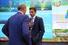 Министр РФ по делам открытого правительства Михаил Абызов (№105 в российском списке Forbes, состояние $1 млрд) (в центре)