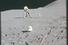 Дэвид Скотт в процессе бурения лунной поверхности