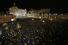 Площадь Святого Петра в момент появления белого дыма над Сикстинской капеллой